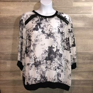 EUC Lane Bryant Sheer Floral Top Zipper 22/24